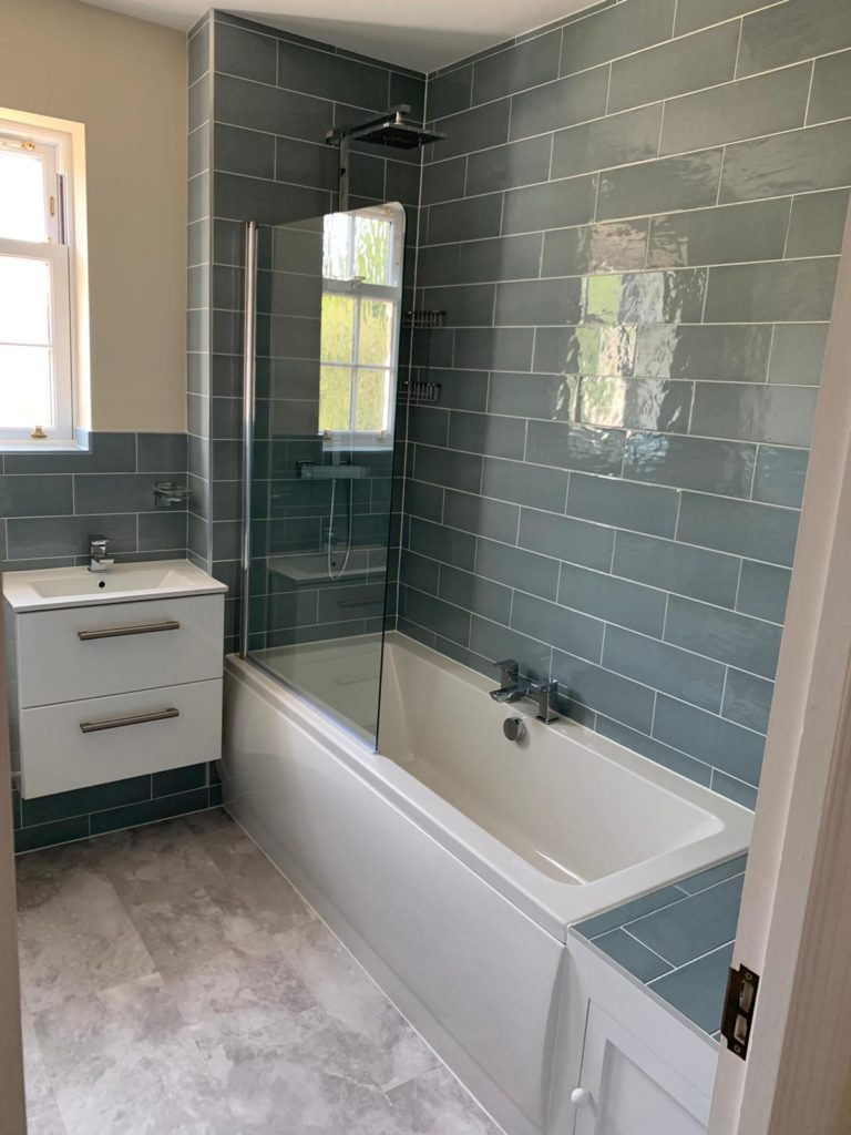 A mighty master bathroom - bath and sink