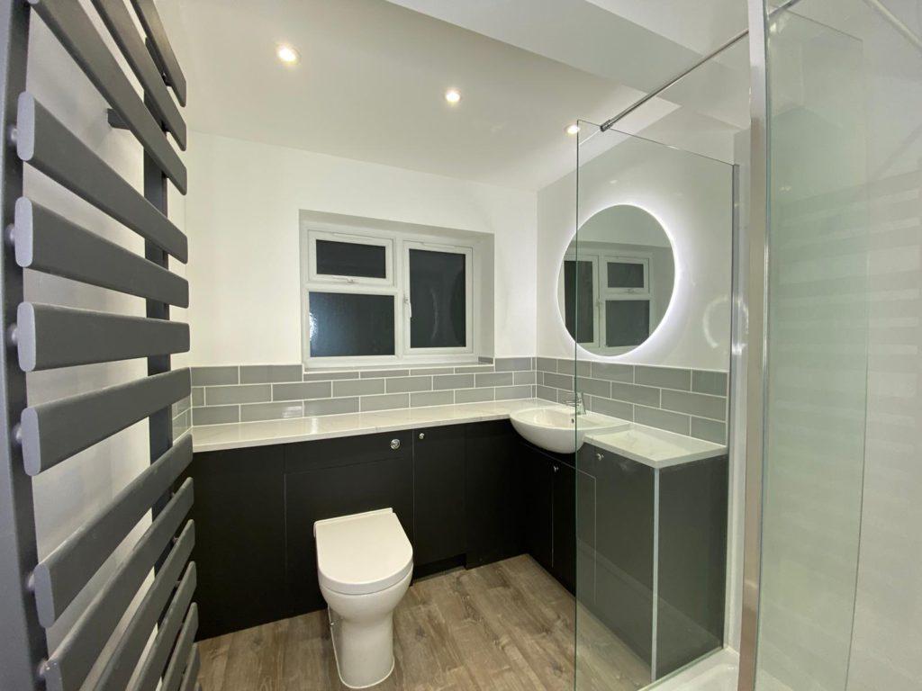 New en-suite bathroom in East Grinstead - modern