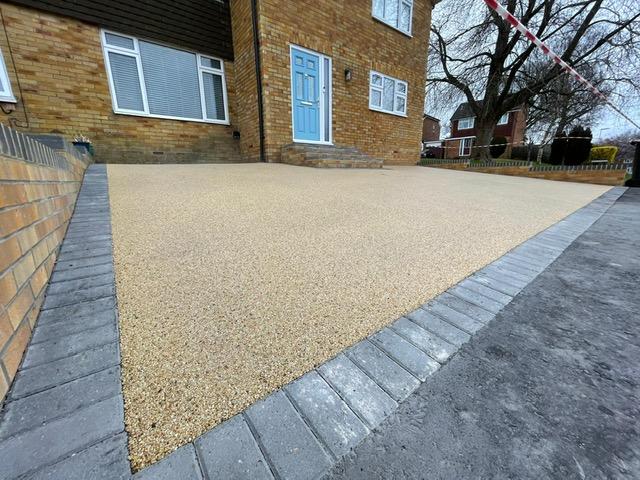 Desirable driveway in East Grinstead