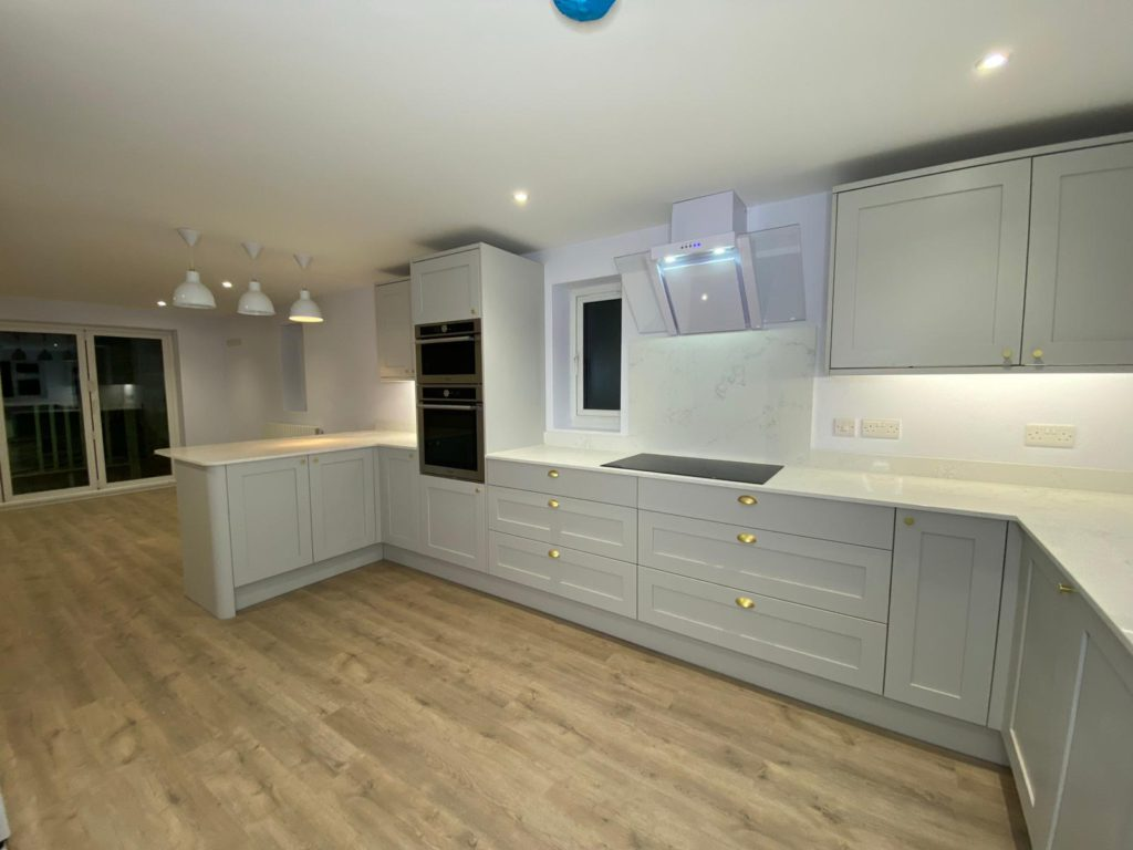 Lovely large Howden's kitchen extension